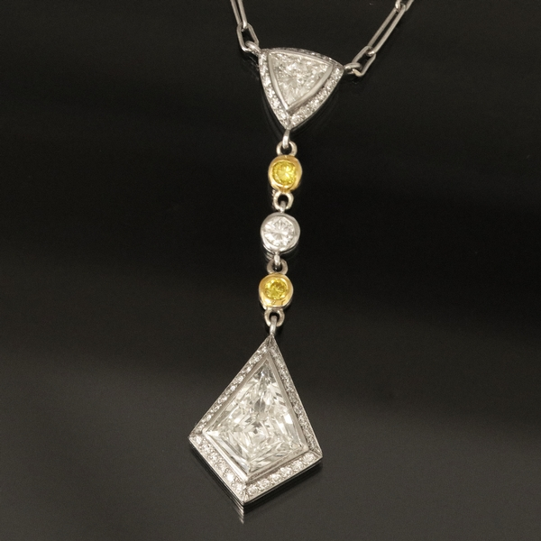 Kite Diamond Pendant - Item # N1364 - Reliable Gold Ltd.