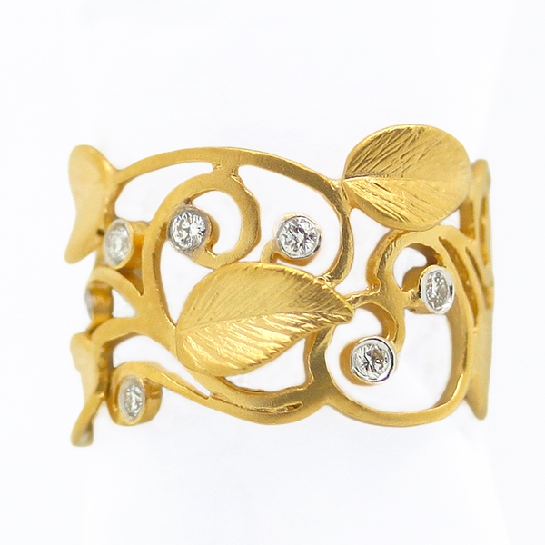 Openwork Yellow Gold Band With Leaf Motif & Diamonds - Item # R0360 - Reliable Gold Ltd.
